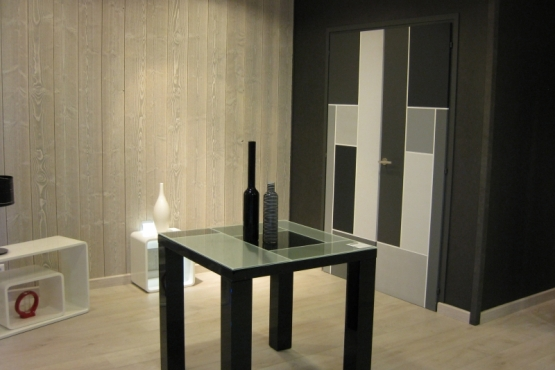 Showroom menuiserie et portes de garage LA FERRIERE
