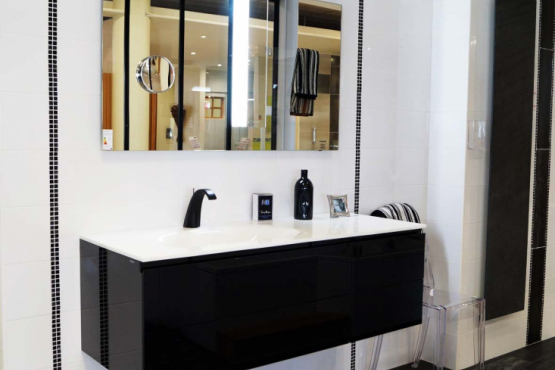 salle de bain la roche sur yon affordable gallery of beau. Black Bedroom Furniture Sets. Home Design Ideas