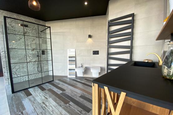 Showroom salle de bains La Chaize le Vicomte